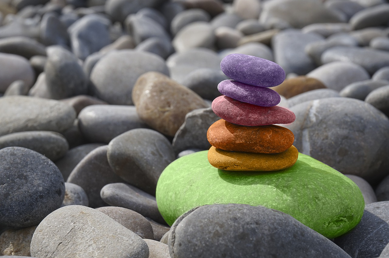 Tips on Balancing the Sacral Chakra | Herbal Academy | Learn what the sacral chakra of the body is, and get tips on balancing it using herbs, foods, and essential oils.