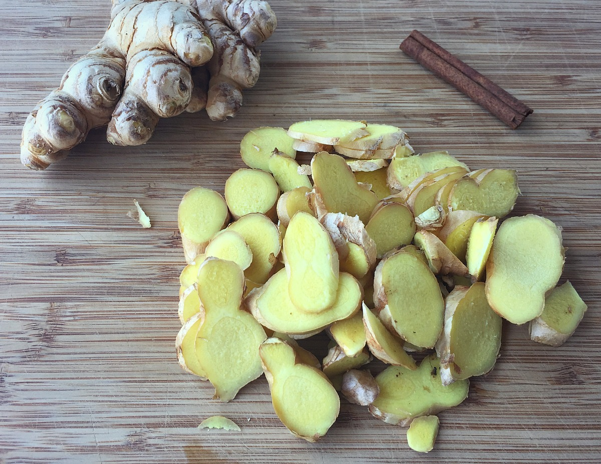 How To Make and Use Ginger Syrup | Herbal Academy | Ginger is a great herbal ally that should be part of every herbalist's medicine cabinet. Ginger syrup is one delicious way to use this herb in your home.