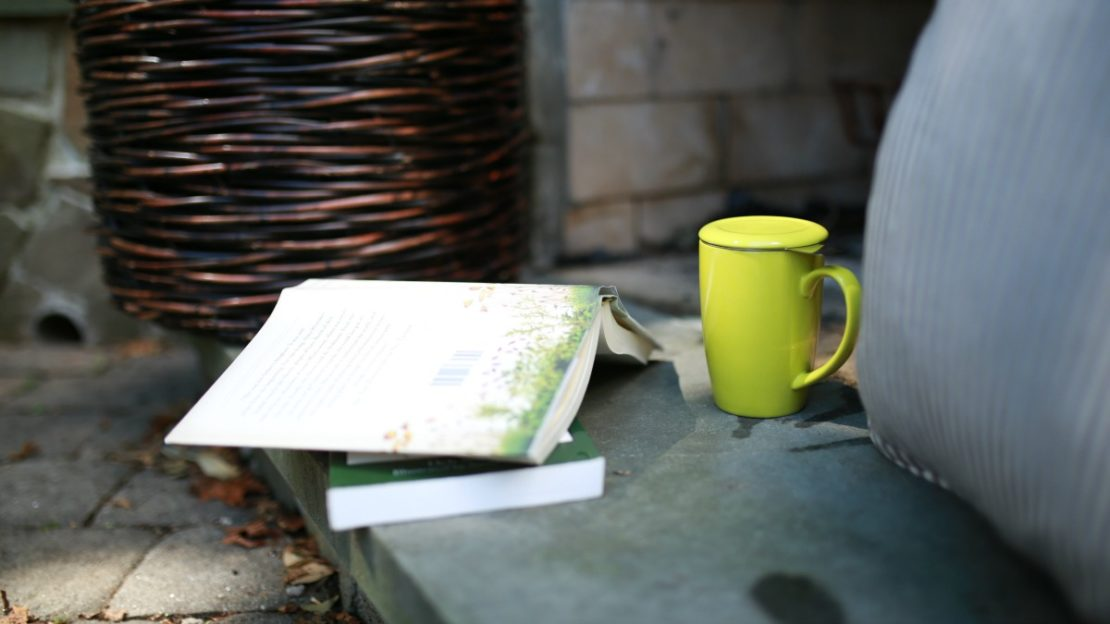 How To Establish An Herb Study Group | Herbal Academy | If you are a solitary herbal student, you may be missing the whole social aspect of herbalism. Let us teach you how to expand your horizons by establishing an herb study group!