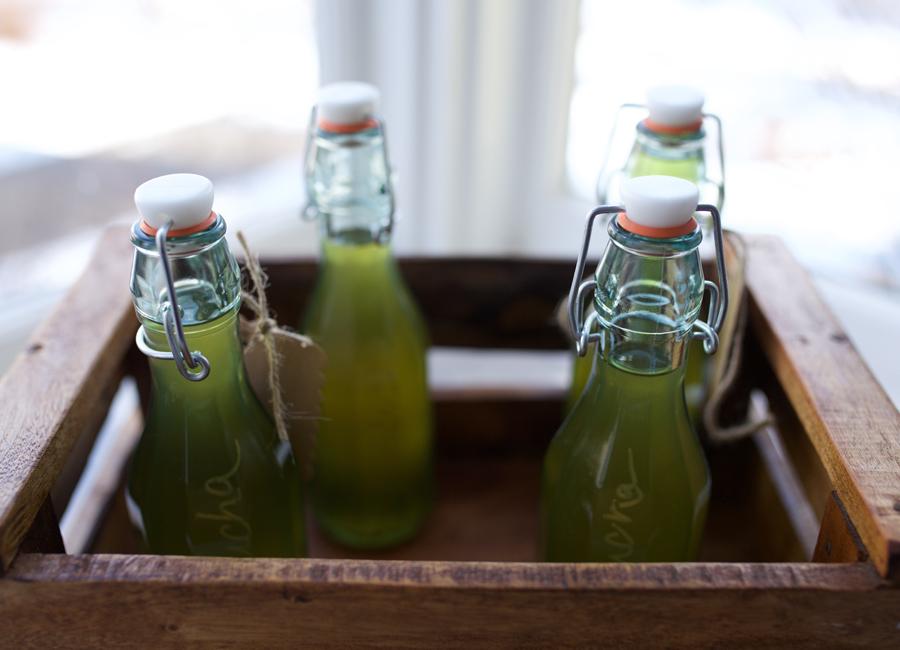 Herbal Kombucha Tutorial in Fermentation Course