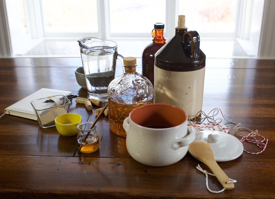 Herbal Mead Tutorial – The Craft of Herbal Fermentation Course