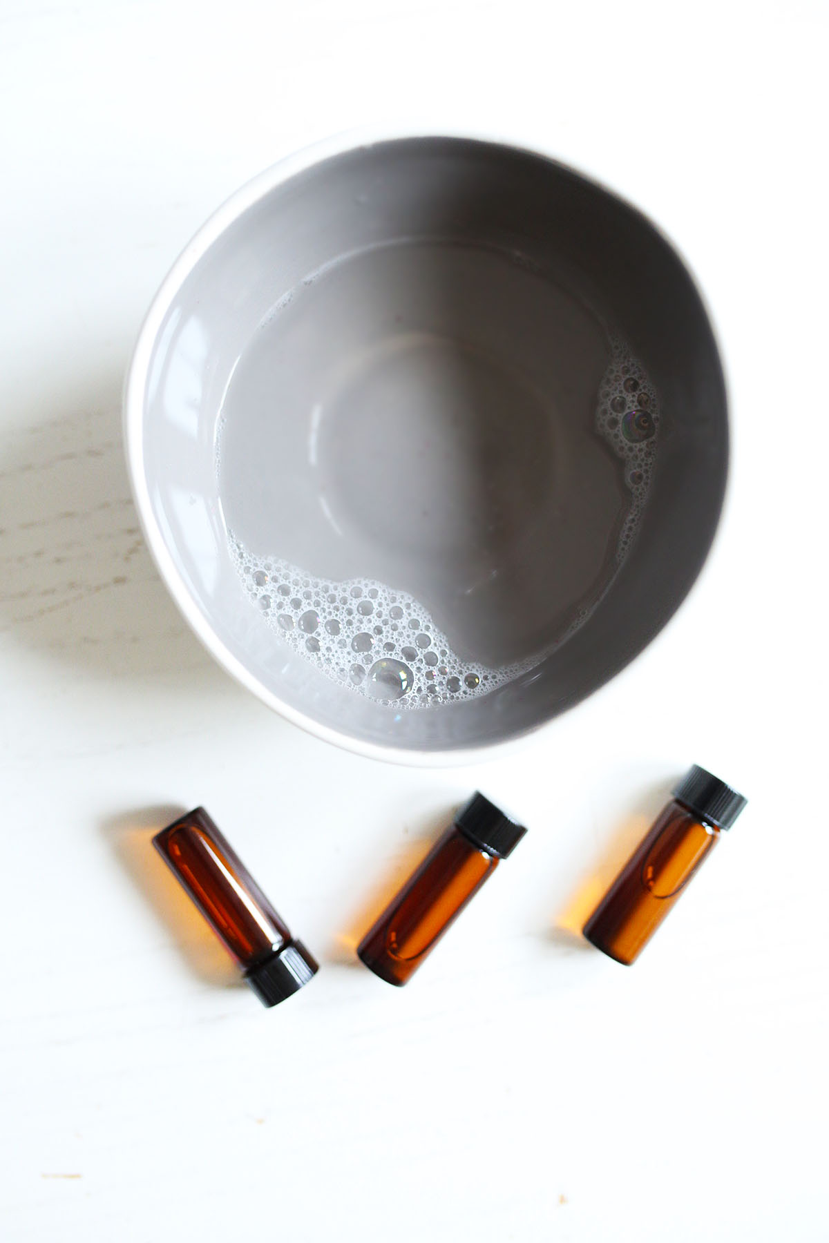 """Essential Oil Terms To Know: How To Use """"Dilution,"""" """"Dispersion,"""" and """"Dose"""" Correctly 