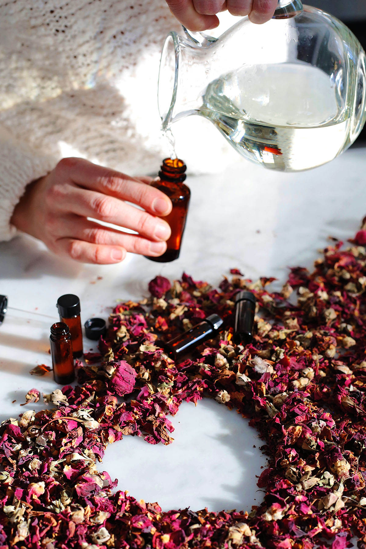 26 Handmade Valentine's Day Ideas: Gifts, Recipes, and DIYs to Show Your Love | Herbal Academy | We have pulled together 26 handmade Valentine's Day ideas that will help you find the perfect floral gift as well as unique herbal-inspired ways to celebrate this day of love!