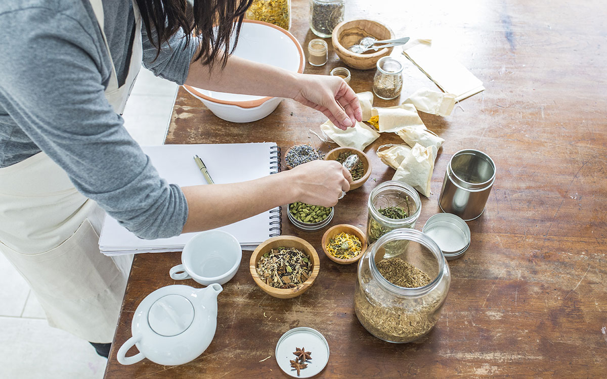 Biphasic Formulation 101 | Herbal Academy | Interested in learning more about balancing the menstrual cycle? A biphasic formulation is one way to positively change menstrual symptoms for good.