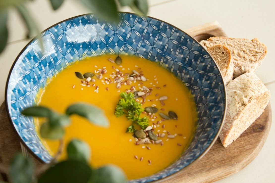 A Warming Turmeric Cauliflower Soup For Chilly Winter Days | Herbal Academy | There is nothing better than a warm bowl of soup on a chilly winter's day. Give our Turmeric Cauliflower Soup a try and stay warm!