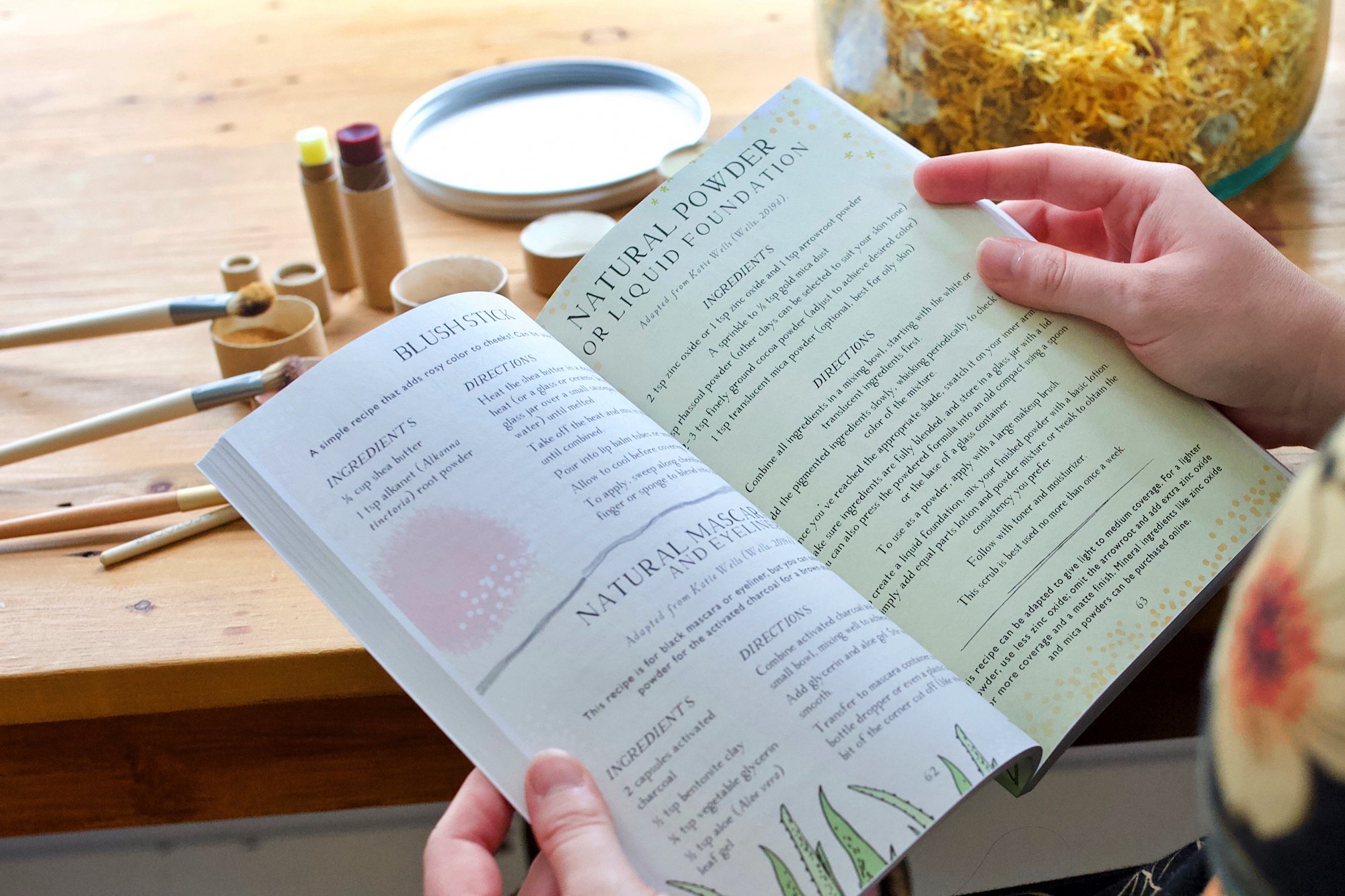 Herbal Makeup – the Botanical Skin Care Recipe Book