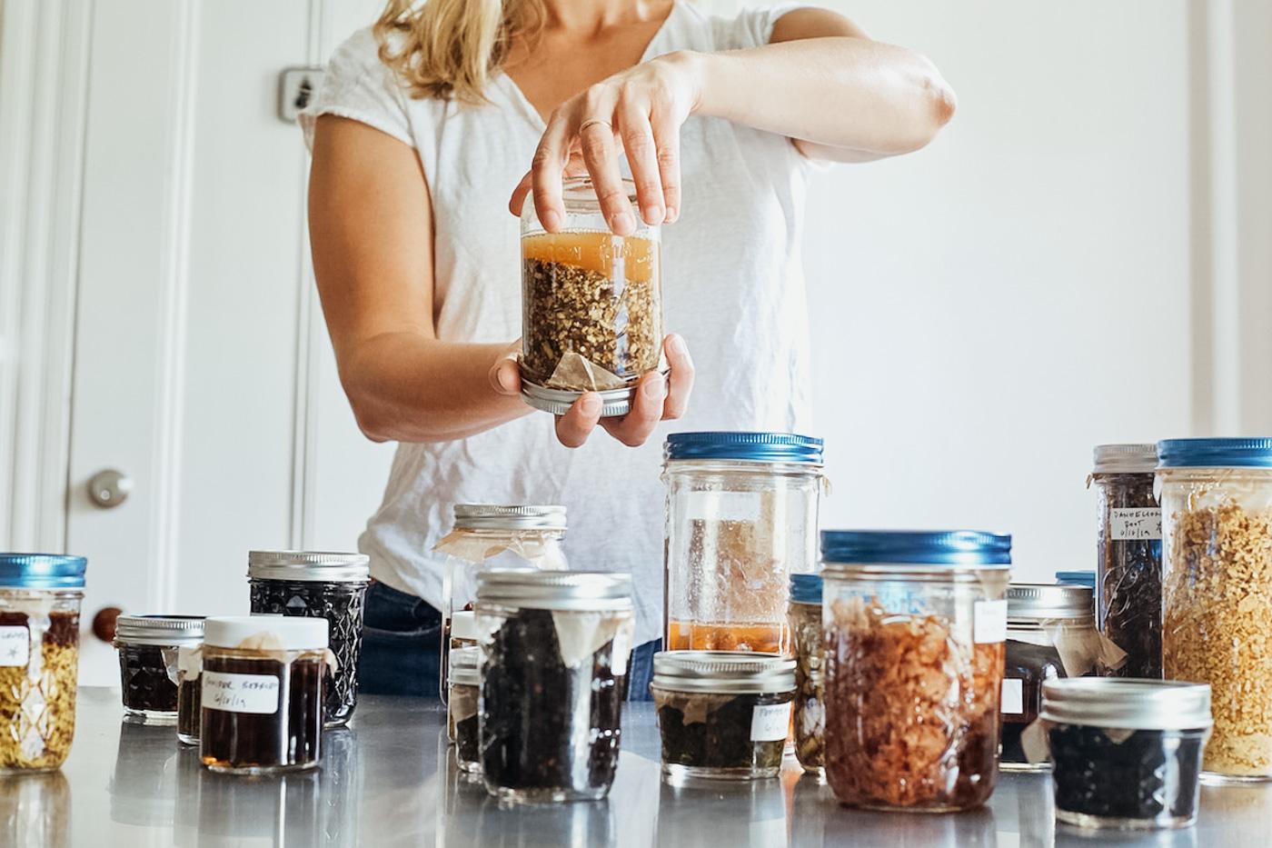 The Making Herbal Preparations Course by Herbal Academy –herbal preparation