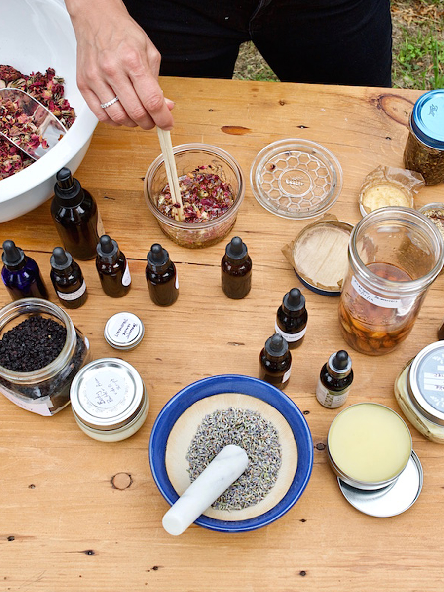 Making Herbal Preparations Course by Herbal Academy – Learn to make herbal remedies
