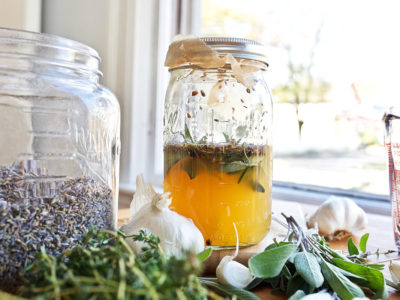 How to Make and Use the Legendary Four ThievesⓇ Vinegar Blend | Herbal Academy | Ever heard of the Four ThievesⓇ Vinegar blend? Come learn the folklore surrounding this blend, how it's used to support wellness, and how to make it.