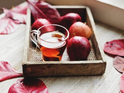 Apple tea graphic
