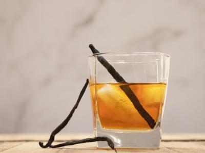 Damiana and Vanilla Cordial | Herbal Academy | Drink with vanilla pod