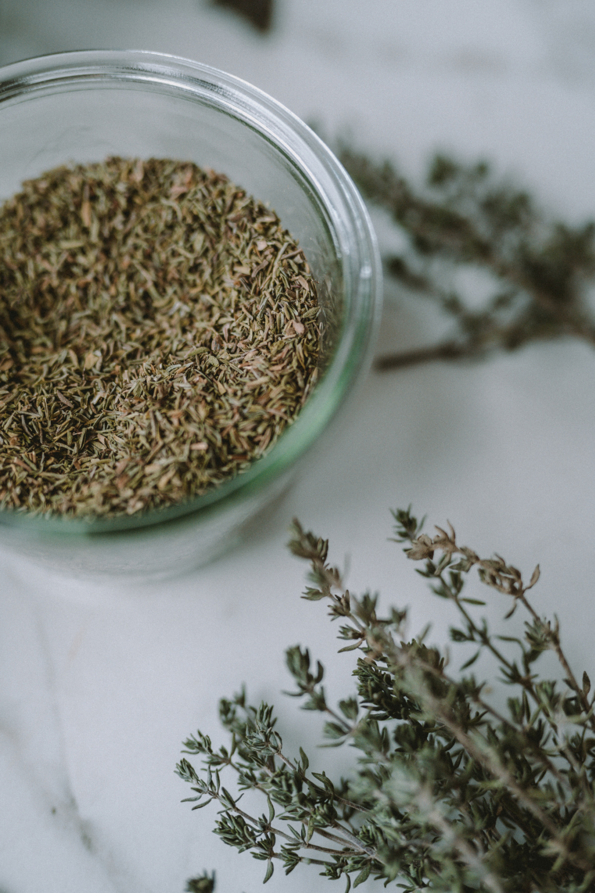 dried thyme in a glass bowl