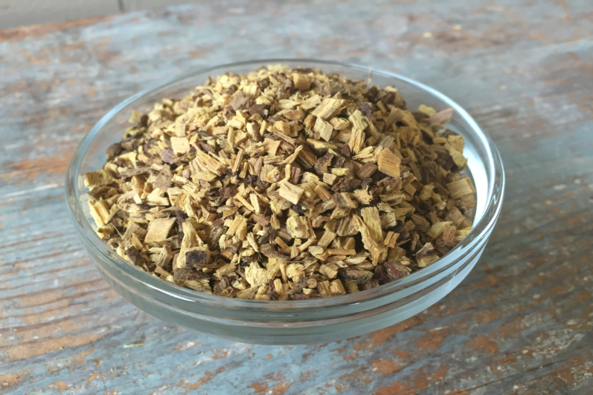 licorice root in a glass bowl
