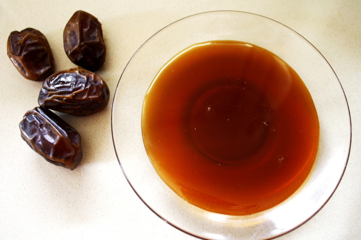 dates and honey used in traditional Mediterranean recipes