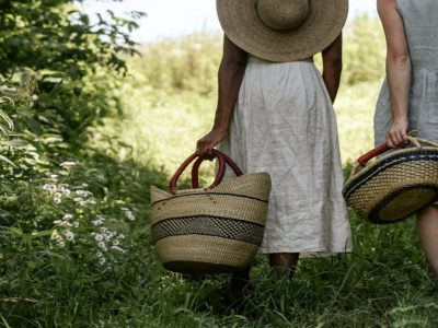 Bioregional Herbalism | Herbal Academy | Bioregional herbalism isn't about restricting herbal practice, but about opening up to the full possibility of our relationship with plants.